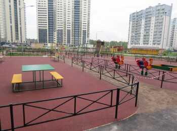 Детская игровая площадка и зоны отдыха